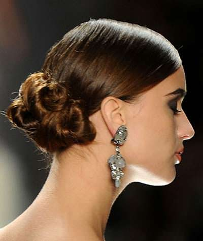 Low Side Bun Hairstyles for Weddings