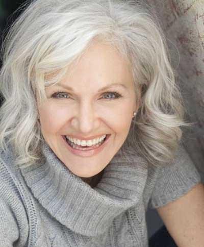 7 popular medium haircut styles for women over 50