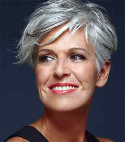 sophisticated-short-haircut-for-an-older-business-woman