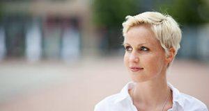 Elegant Short Hairstyles For Women Over 50